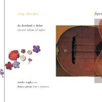 AA.VV: Song Sketches. Da Dowland a Dylan, canzoni italiane ed inglesi. Sandro Naglia, voce. Franco Pavan, liuto e chitarrone. Un disco di canzoni: nulla di così strano se non per aver voluto annullare il tempo, anche lungo qualche secolo, che le separava. Avevamo pensato a un disco che sulle corde di strumenti antichi, quali il liuto ed il chitarrone, ci portasse a esplorare la canzone in Italia e in Inghilterra dal XVI secolo fino a oggi, anche riproponendo brani pop degli Amazing Blondel, che già riutilizzavano strumenti rinascimentali, o accostando un brano di anonimo inglese del XVI secolo con quello di John Renbourn del 1965 composto sullo stesso testo… Esperia E008. Disponibile. € 10,00 - sconto 30% > € 7,00